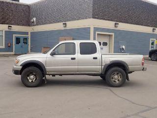 Toyota Tacoma Base 2003