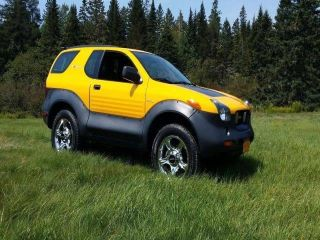 2001 Isuzu VehiCross Base
