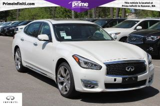 Used 2015 Infiniti Q70 in Hanover, Massachusetts