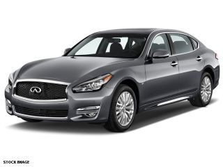 Used 2015 Infiniti Q70 in Bridgewater, New Jersey