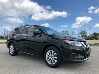 Used 2017 Nissan Rogue SV in Pompano Beach, Florida