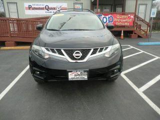 Nissan Murano LE 2011