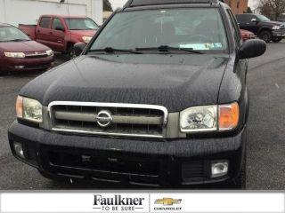 Nissan Pathfinder SE 2004