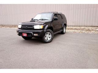 Used 2000 Toyota 4Runner SR5 in Madison, Wisconsin