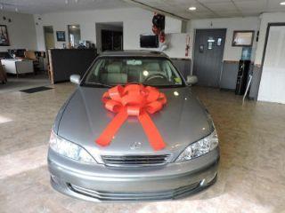 Used 2001 Lexus ES 300 in Noblesville, Indiana