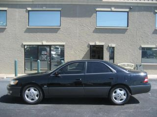 Used 2000 Lexus ES 300 in Fort Worth, Texas