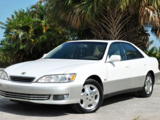 Used 2000 Lexus ES 300 in West Palm Beach, Florida