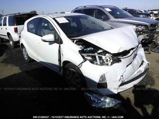 Toyota Prius c 2014