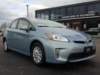Toyota Prius Plug-in 2012