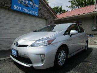 Toyota Prius Plug-in Advanced 2014