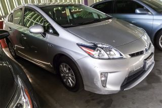 2013 Toyota Prius Plug-in Base