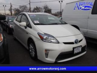 Toyota Prius Plug-in Base 2012