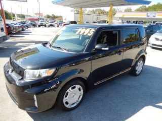 Scion xB Base 2013