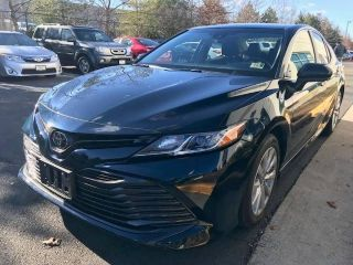 Used 2018 Toyota Camry LE in Chantilly, Virginia