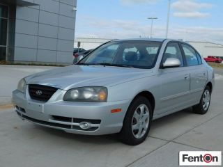 Hyundai Elantra GLS 2004