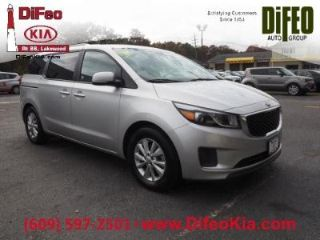 Used 2016 Kia Sedona LX in Lakewood, New Jersey