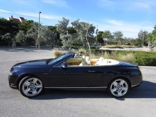 Bentley Continental GTC 2010