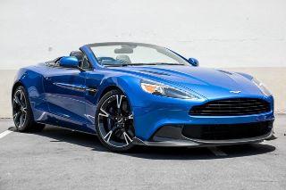 Aston Martin Vanquish Volante 2018