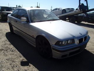 BMW 3 Series 328is 1999