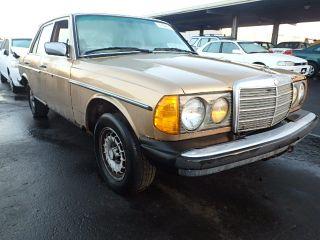 Mercedes-Benz 300 DT 1983