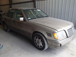 Mercedes-Benz E 300 1995