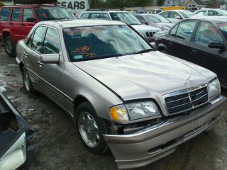 Mercedes-Benz C 230 2000