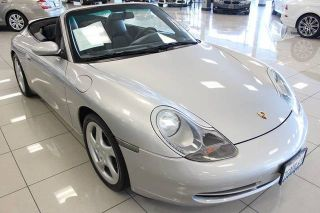 Porsche 911 Carrera 4 2000