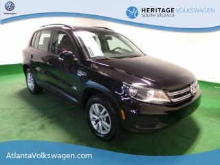 Volkswagen Tiguan S 2015