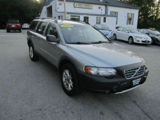 Used 2004 Volvo XC70 in Hooksett, New Hampshire