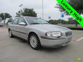Used 2001 Volvo S80 in Grapevine, Texas